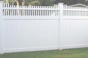 Vinyl Privacy Fence St. Louis MO